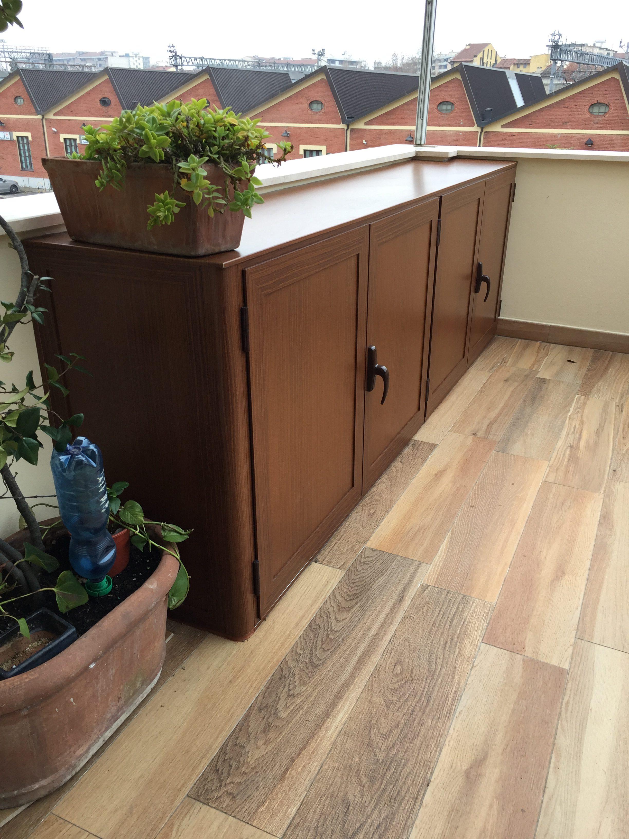 Armadietti terrazzo in legno casamia idea di immagine - Mobile terrazzo legno ...