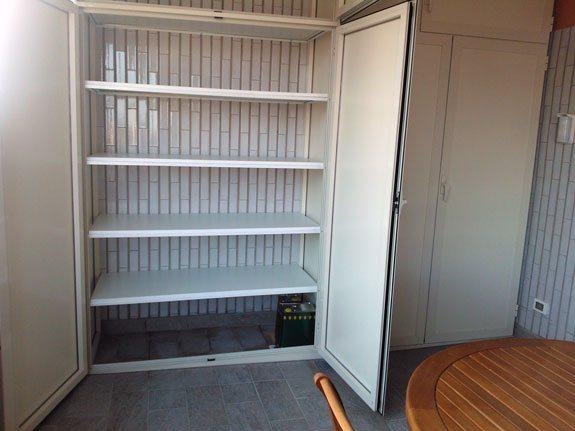 Cancelli di legno foto design casa creativa e mobili for Armadio alluminio esterno