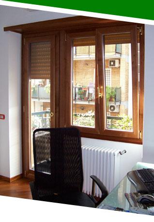 Finestre in alluminio legno alfa - Portavasi da finestra ...