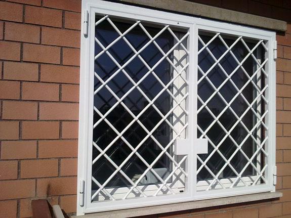Lorenzodetomasi alfa - Grate finestre in ferro ...