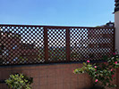 Fotografia di un grigliato con maglia 4,5x4,5 inclinata