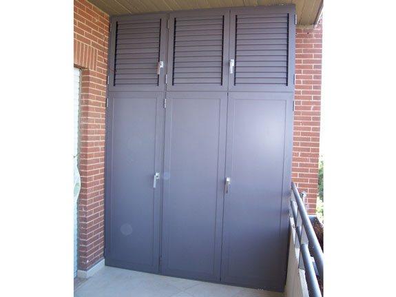 Armadi in alluminio per esterni alfa for Copri muro esterno prezzi