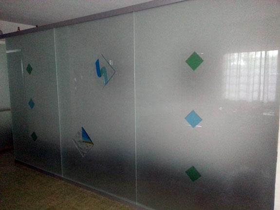 Fotografia di una Parete divisoria in vetro